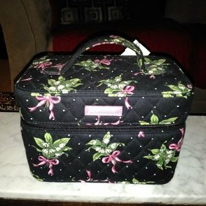 Vera Bradley make up travel case